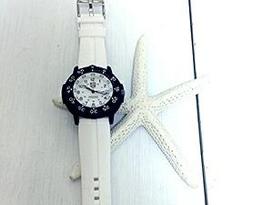 時計ベルトをモレラートのニロに交換したLuminox3007