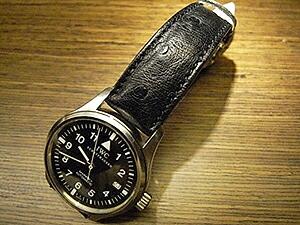 時計ベルトをモレラートのティポロンジンに交換したIWC Mark 15