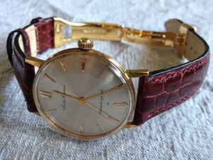 時計ベルトをモレラートのリバプールに交換したセイコークロノス