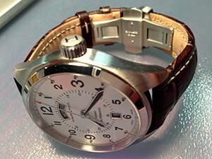 時計ベルトをモレラートのプラスに交換したハミルトンカーキフィールドデイデイト