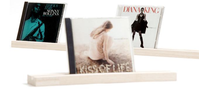 お気に入りのCDをディスプレイ/卓上CDスタンド