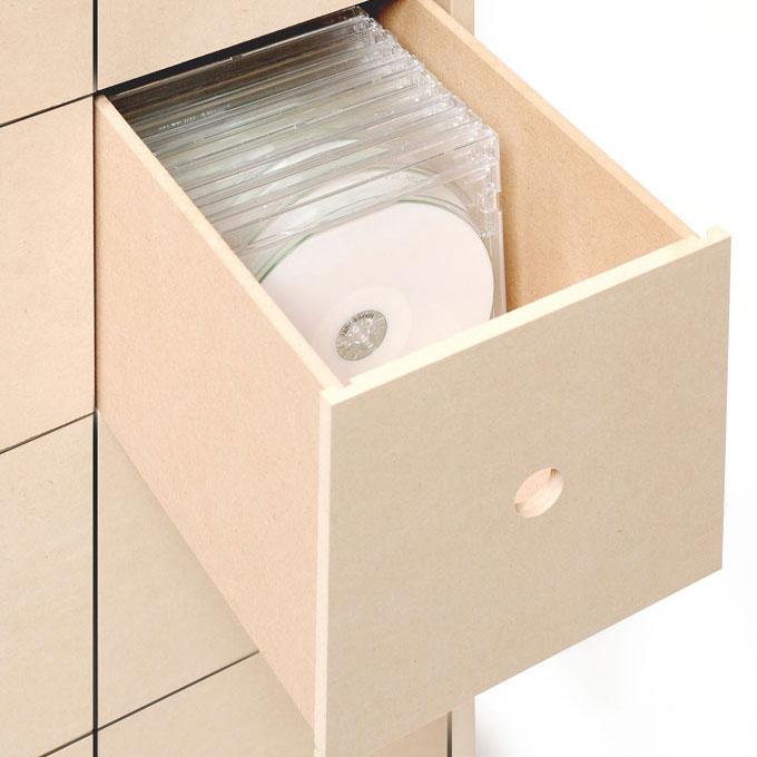 CDの収納に最適な引き出しサイズです。