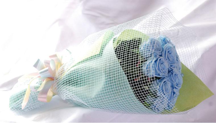 バラ12本の花束 ブリザードフラワー
