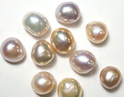 カラー淡水真珠