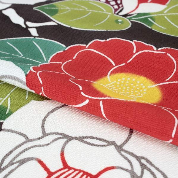 c1145b525bca15 沖縄の強い日差しの中に映える琉球紅型とは違い、 京友禅の技法を取り入れ染料で染められた色彩は、  沖縄とは一味違った柔らかい色合いを生み、そのファンも多いです。