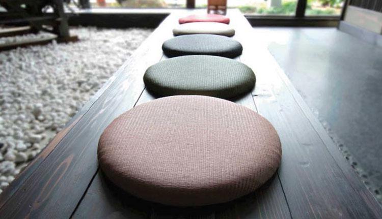 畳の座布団使用イメージ