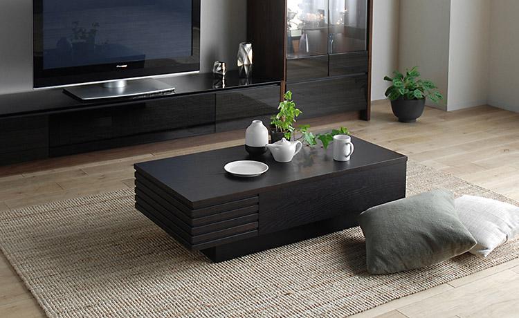 機能的なリビングテーブル