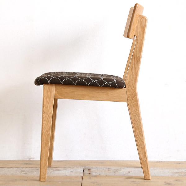 クヴァドラ生地の椅子 ハリンダル