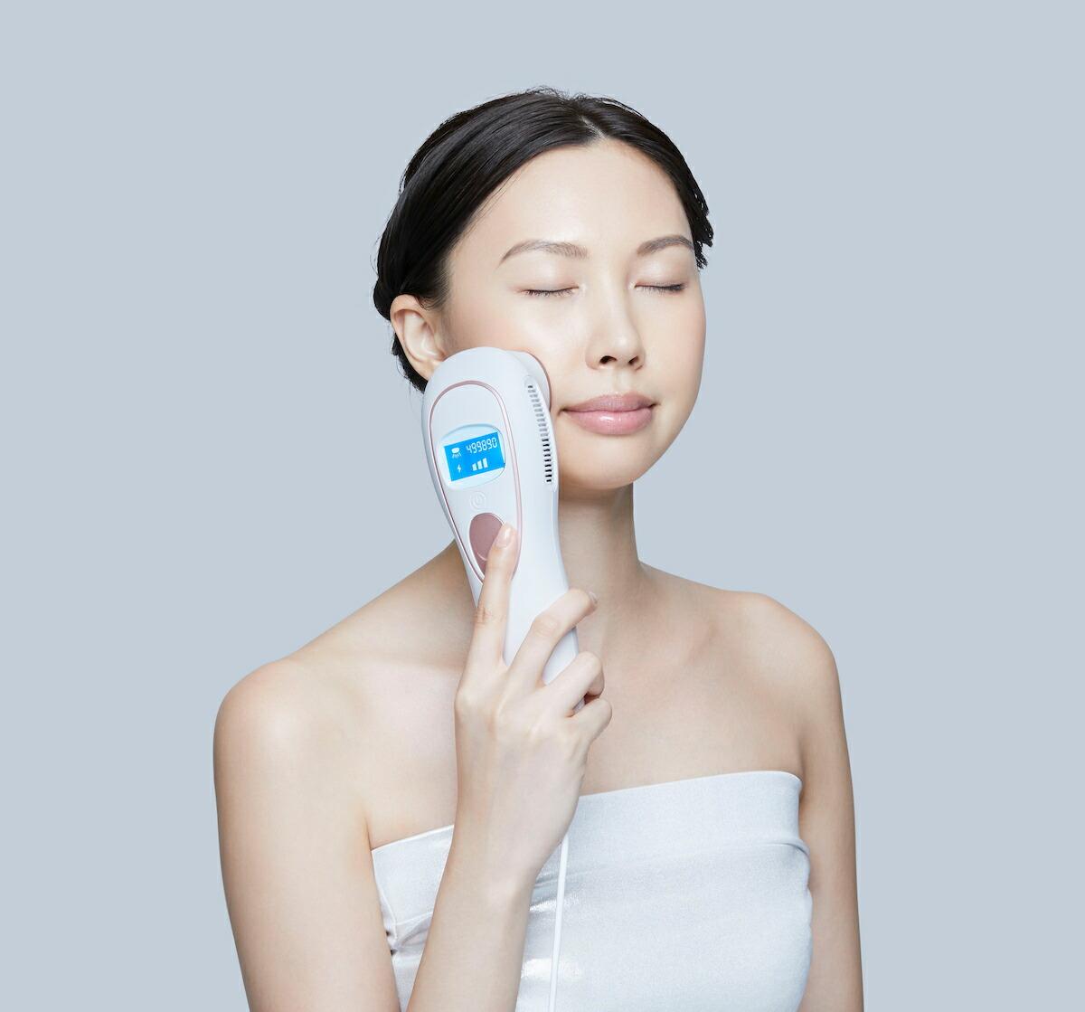 llexam(レクサム) 多機能温冷美顔器 MXFC-1000