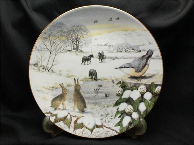 2月、雪に覆われた盆地スノーイー・デール1987年限定発行プレート(絵皿)アメリカフランクリンミント(FranklinMint)PeterBanett画JamesHerriot文【送料無料】小鳥ウサギ馬カモイギリスの冬