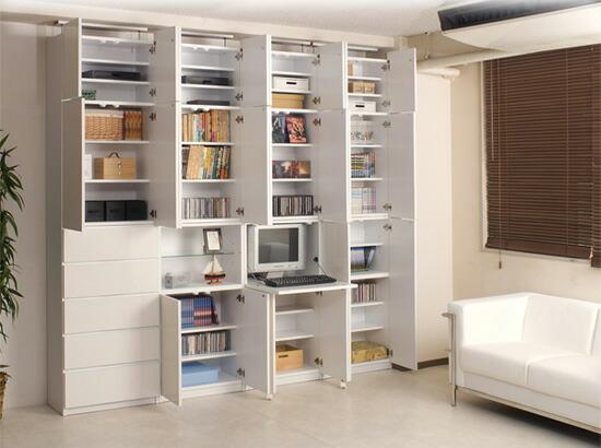 壁面収納家具のディスプレイ