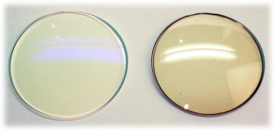 HOYA SL982BP-Hと淡いブラウンカラーのパソコングラス用ACレンズCMBR15