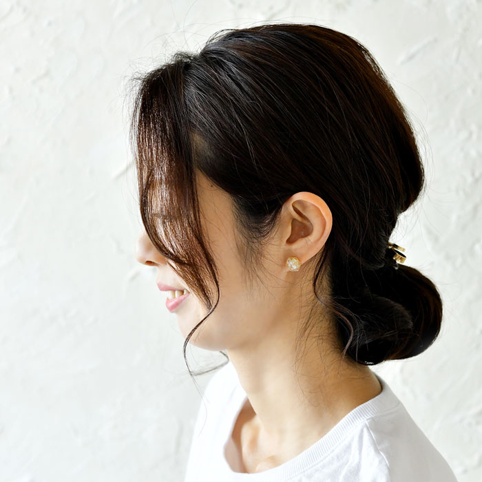 【SAWA サワ】淡水パール レジン 六角形 ピアス