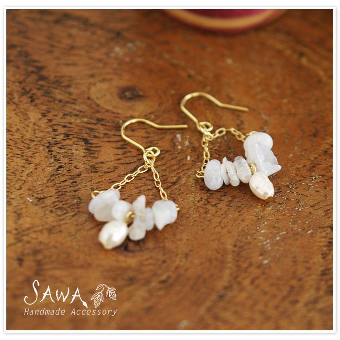 【SAWA サワ】淡水パール と 天然石の ピアス / イヤリング