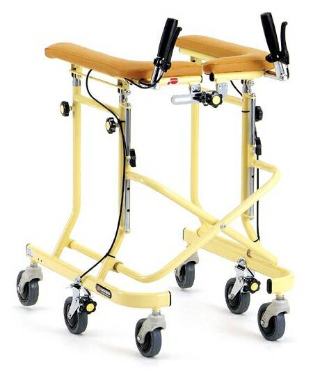 六輪歩行器らくらくウォーカーホップステップ
