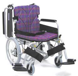介助用脚部スウィングイン・アウト車椅子カワムラサイクルKA816-40B-M(LO.SL)