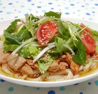 ☆ベジタブルに美味しい!【麺☆サラダうどん】