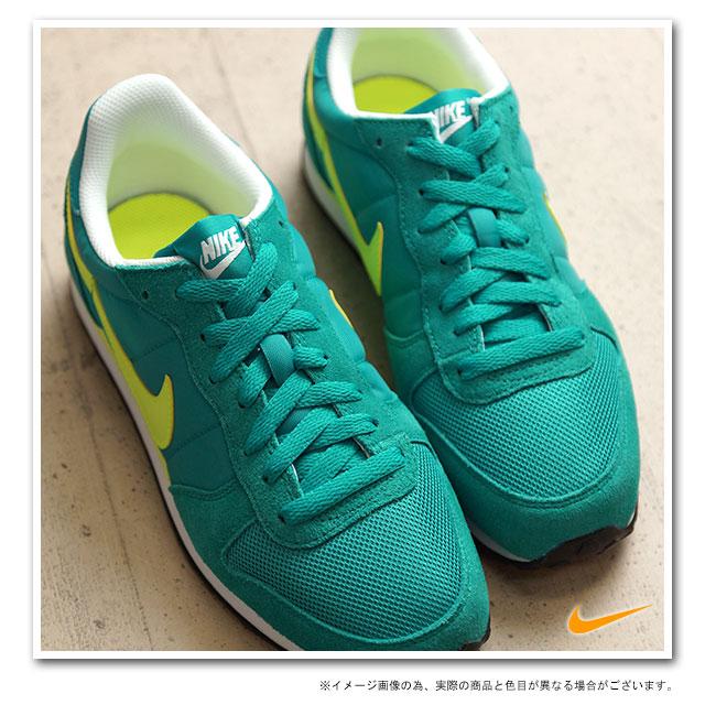 nike スニーカー green