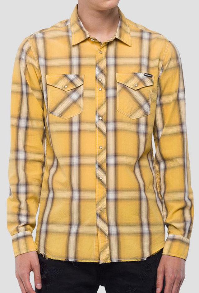 色褪せないアメカジ王道の組み合わせは、チェックシャツとデニムの鉄板コーデ★