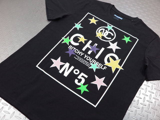 NO COMMENT PARIS,ノーコメントパリ,ULTN080-1 STAR N°5,半袖プリントTシャツ/カットソー,BLACK(ブラック)