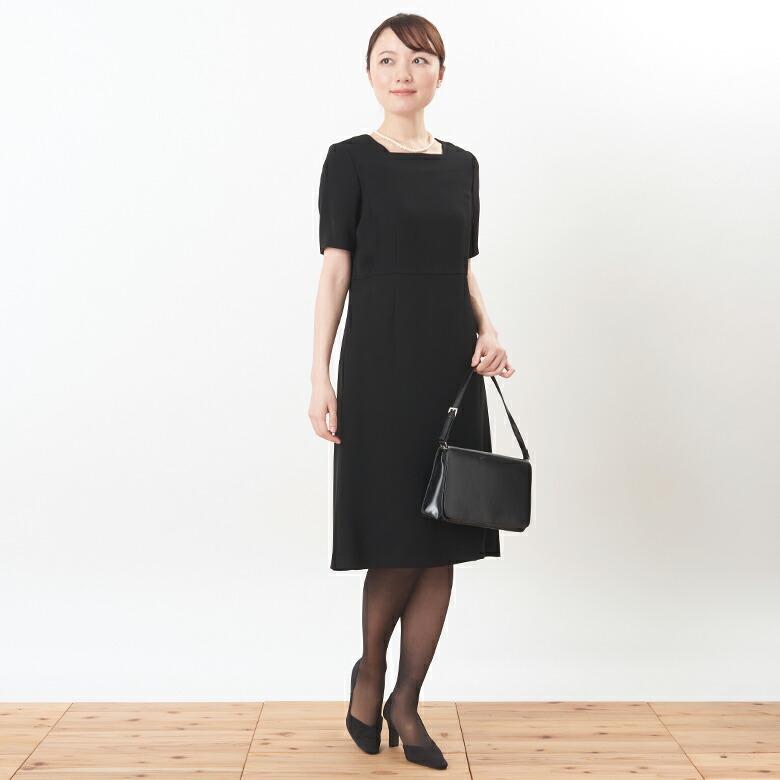 授乳服ブラックフォーマルドレスモデル写真1