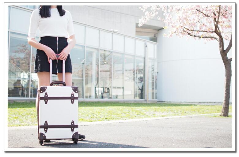 軽量 ファスナータイプのスーツケース イメージ2
