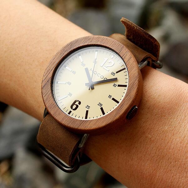 無垢の天然木をおしゃれに組み込んだ腕時計