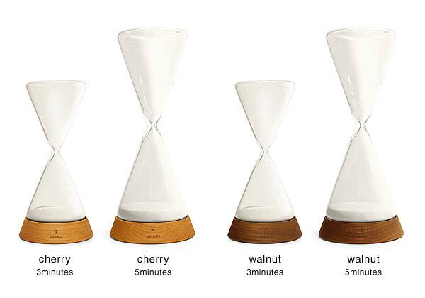 砂時計はチェリー・ウォールナットからお選び頂けます。