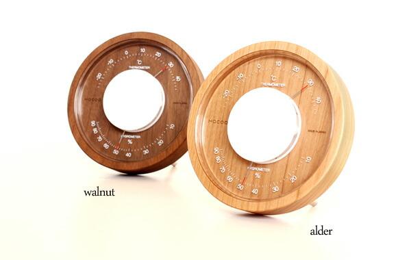 高級木材アルダーとウォールナットを使用した温湿度計