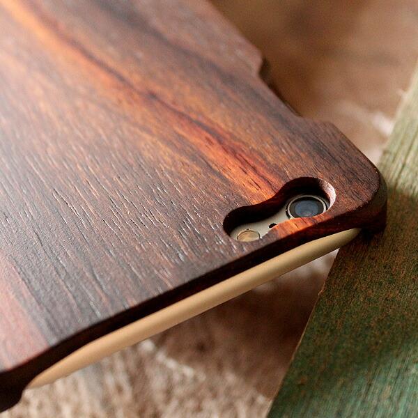 木製iPhoneケースでは珍しい1ピース構造