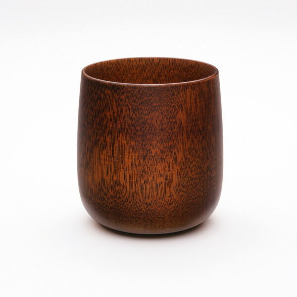 繊細で優れた日本の伝統技術が、現代的なデザインと調和 十草