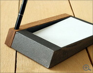 メモがとりやすい鋳物のメモトレイ・トレー
