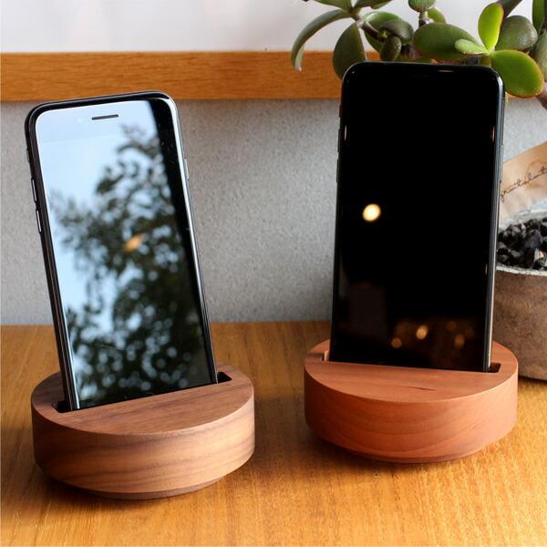 幅75×厚み12mm迄のスマートフォンに対応。