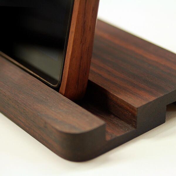 ローズウッドのスタンド、木製ケース使用時でも使えます
