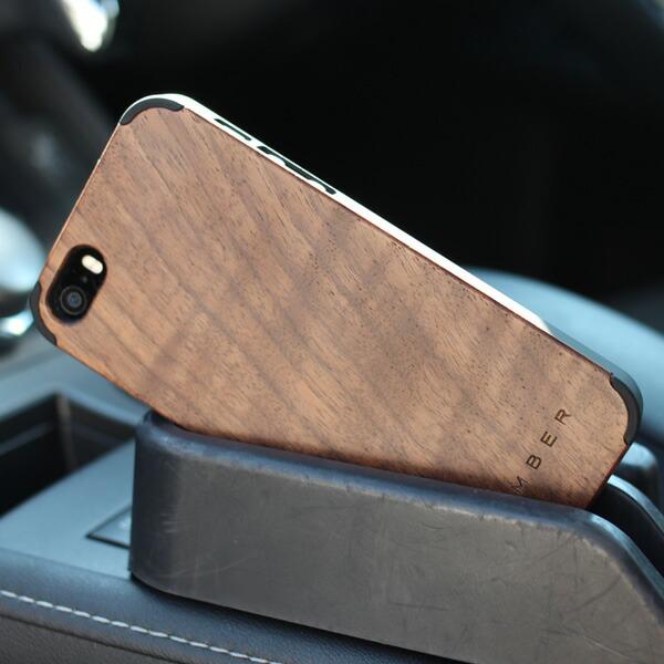 丈夫なハードケースと天然木を融合したiPhone5/5s専用のおしゃれなハードケース