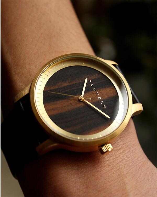 文字盤に本木目を使用した大きくて見やすい腕時計 WATCH 5500