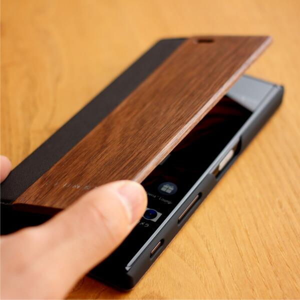 フリップの開閉に連動してスリープのオンオフが切り換わります