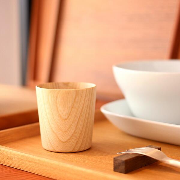 紙のように薄くて軽い木のショットグラス「Kami ショットグラス」