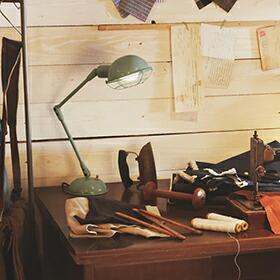 Bronx-desk lamp(ブロンクスデスクランプ)