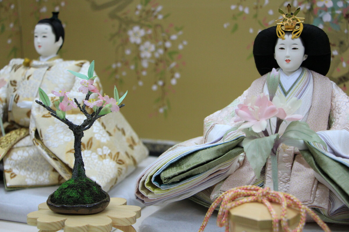 アート&デザイン後藤由香子作さくら創作雛人形平飾り【雛人形親王飾り】