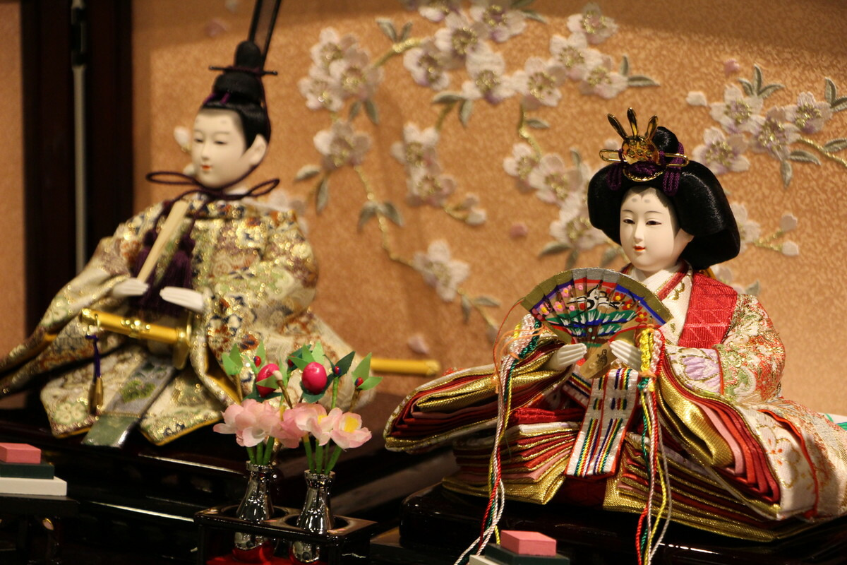 彩五人三段収納飾り(60cm)60×43×53(約cm)収納花梨塗コードレス雪洞【雛人形三段飾り】
