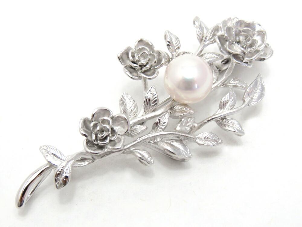おしとやかに、いつものおしゃれをより楽しむ<br>アコヤ真珠ブローチ&#8221;><p class=