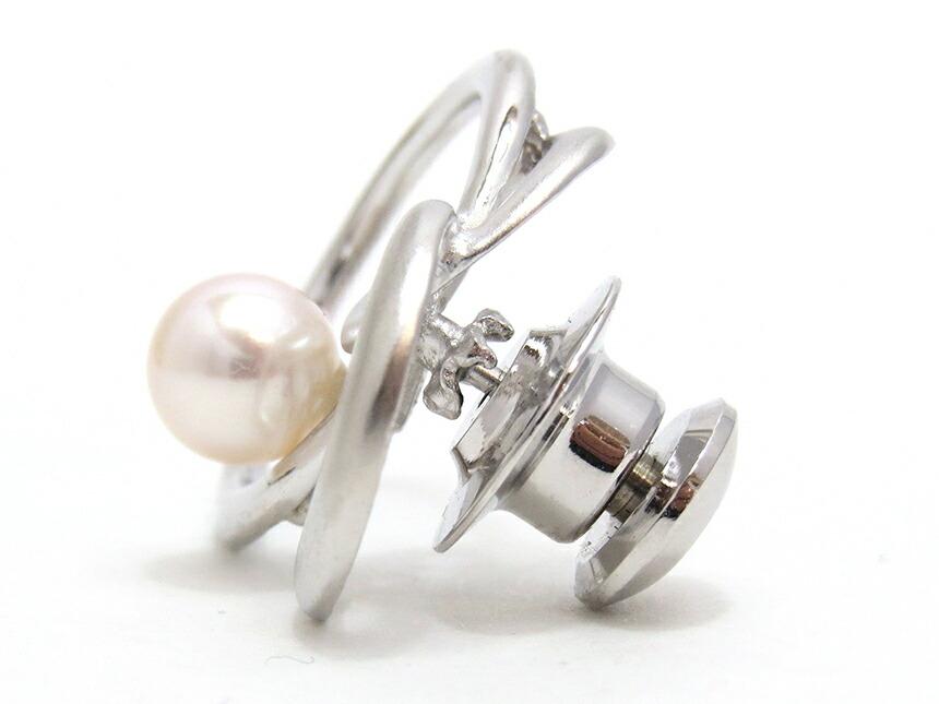 ピンクホワイトのアコヤ真珠