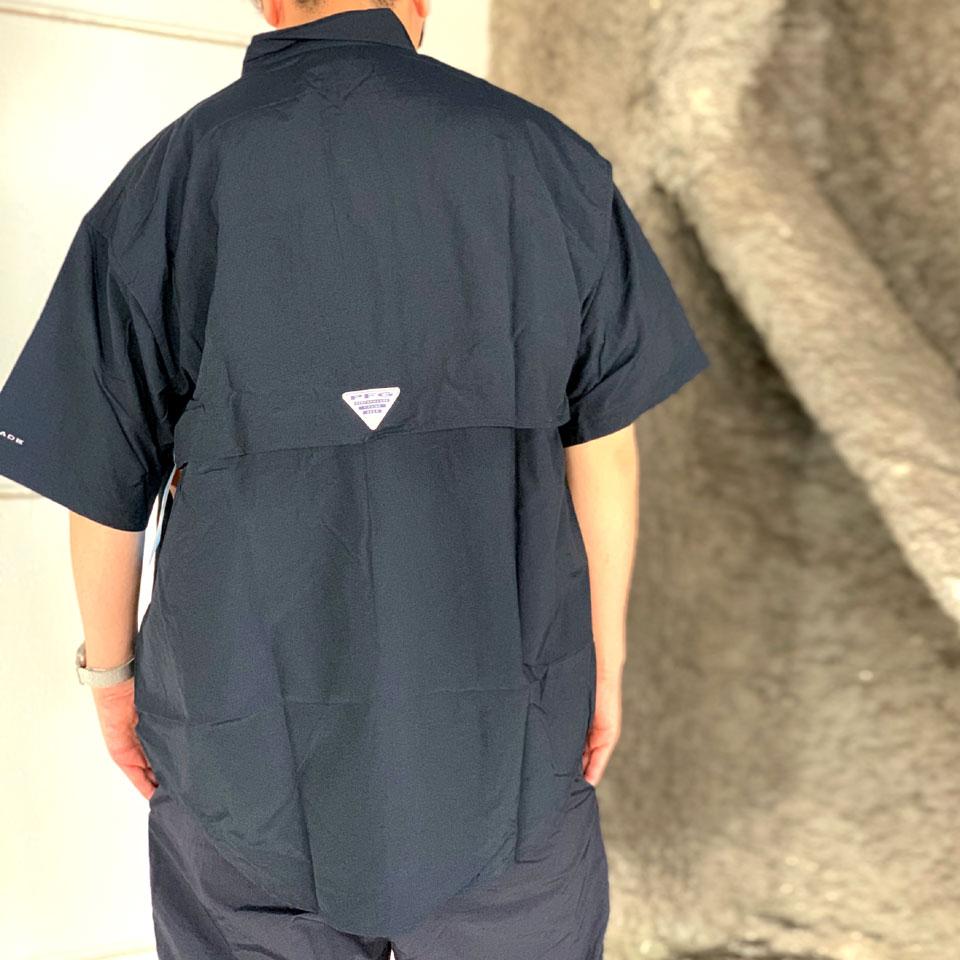 コロンビアの半袖シャツ