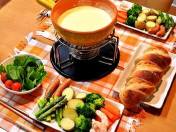 チーズフォンデュの調理例