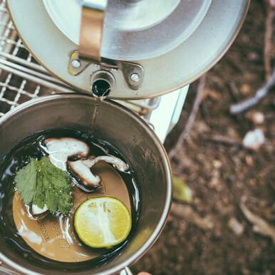 ユニフレーム社員イチオシ飯(2):[ユニセラ]×[ウィング網]で作る土瓶蒸し!