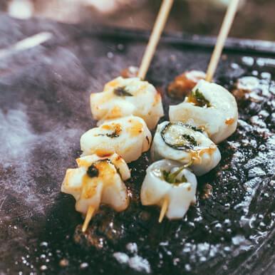 ユニフレーム社員イチオシ飯(1):絶品!紋甲イカの大葉包み♪