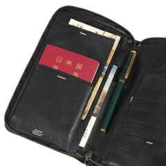 PORTER(ポーター)のパスポートケース