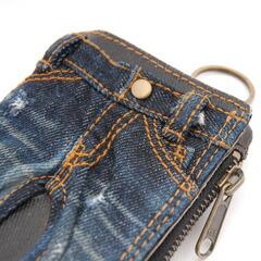 TOUGH(タフ)の折り財布