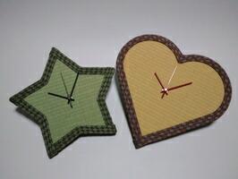星やハート型の畳時計
